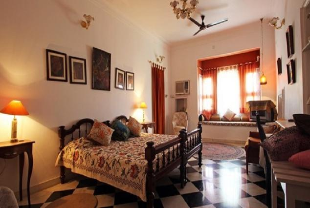 Low Price Hotels of Udaipur with Luxurious Comfort